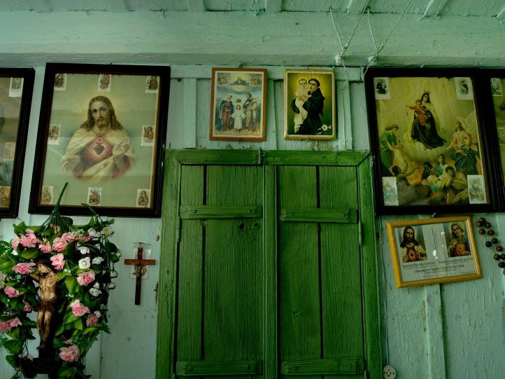 Interior de casa pioneira de descendentes de imigrantes ucranian