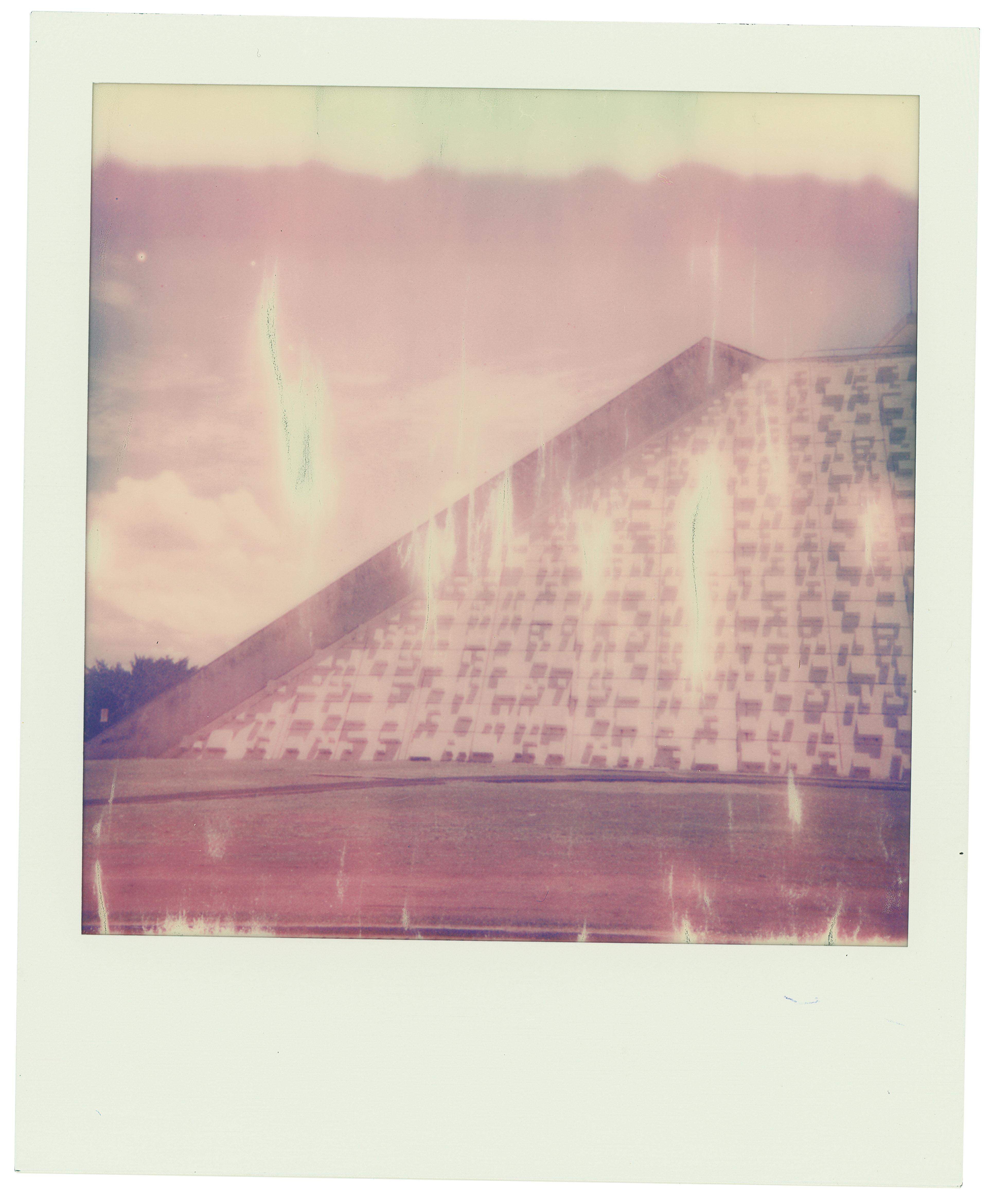 Isolda Macedo (Brasília, DF) – I'M Polaroid (2021)